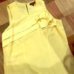 Cute little yellow blouse
